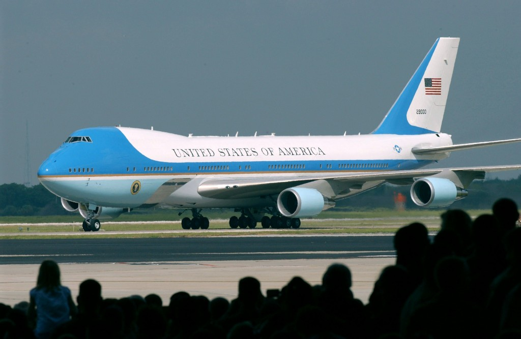 Air-Force-One-VC-25-1024x667
