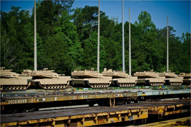 M1-tanks-arrive-at-Fort-Benning-GA